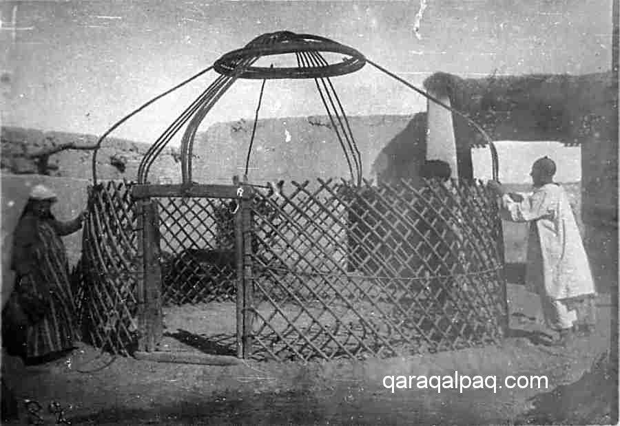 Yurt frame in 1929
